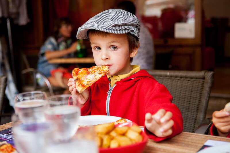 Eating at Restaurants With Your Preschooler